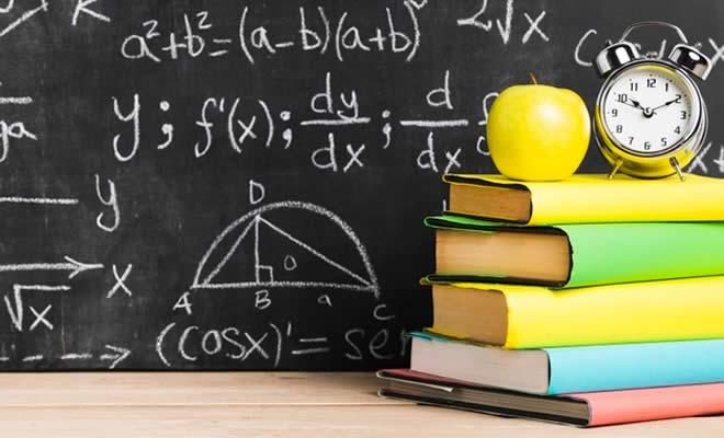 δάσκαλος που χρονολογείται φοιτητής από διαφορετικό σχολείο ρατσισμός